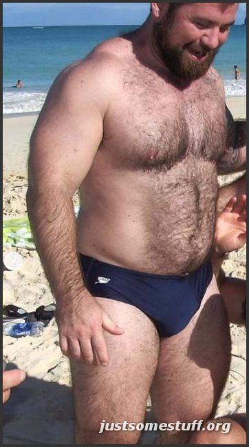 [beachbearspeedos.jpg]