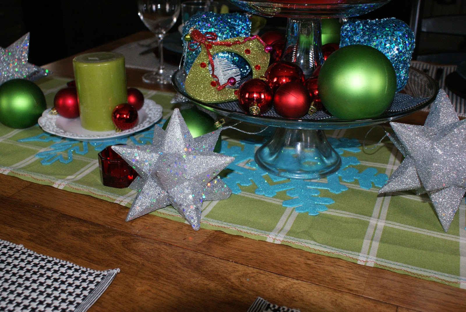 Making A Table Scape That Fits My Style! Thank You Pier 1 Imports  Blue  Cricket Design