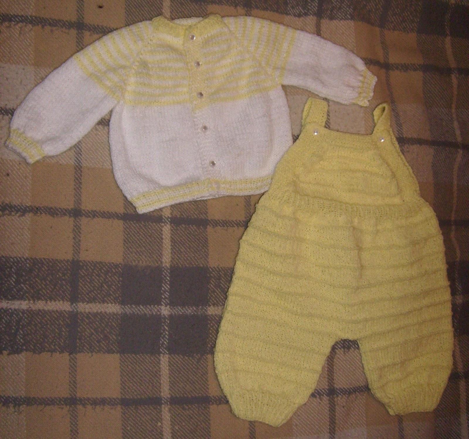 como tejer traje de bebe