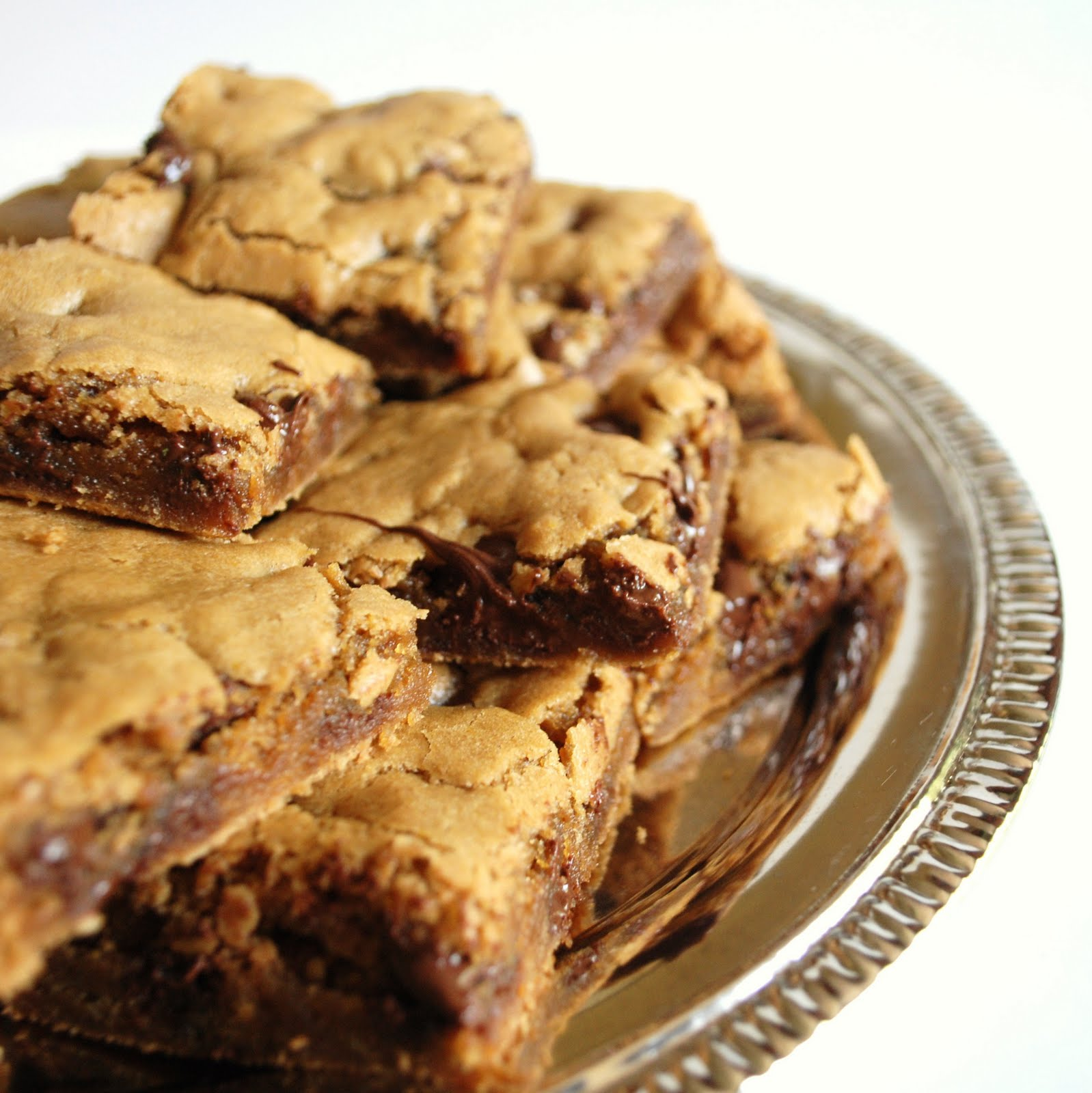 Domestic Bliss: From the Kitchen: Blonde Brownies