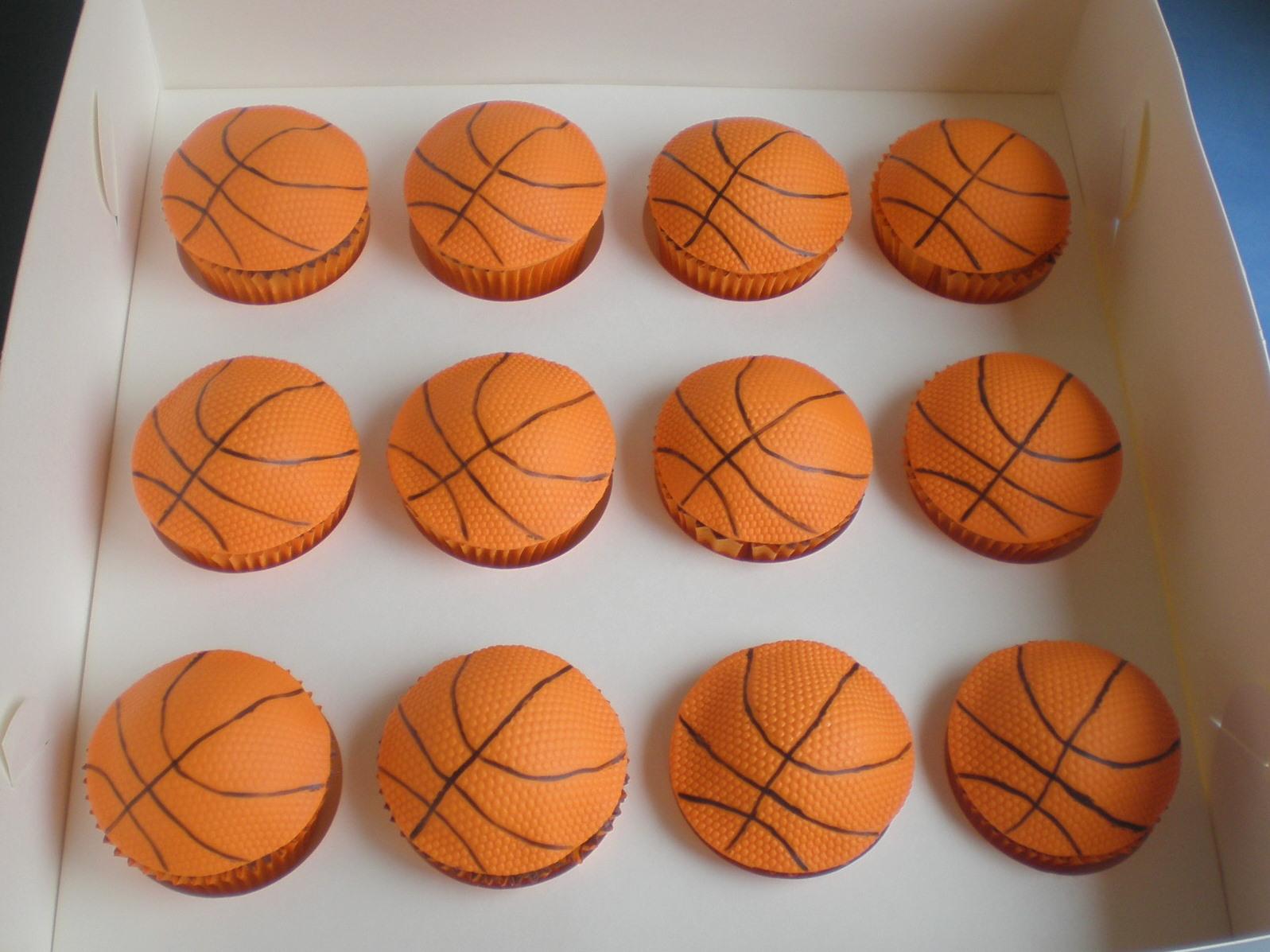 Top Basketball Cupcake Cake Idea 1597 x 1197 · 347 kB · jpeg