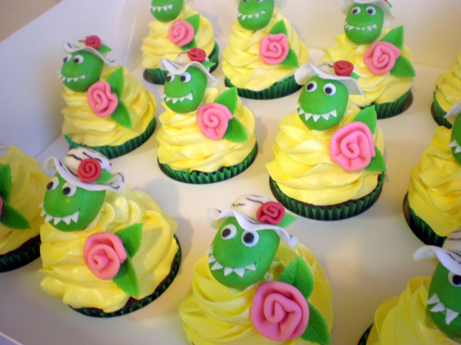 Dinosaur Cake Decorations Nz : Sugar Siren Cakes Mackay: Dorothy the Dinosaur Cupcakes