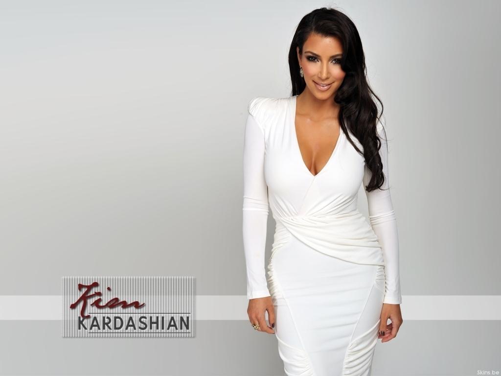 http://1.bp.blogspot.com/_EqRYU32Rb7g/TP3VWf9Zd2I/AAAAAAAAASw/lmT82-ZYklo/s1600/Kim-Kardashian-kim-kardashian-Celebrity-Digital.jpg