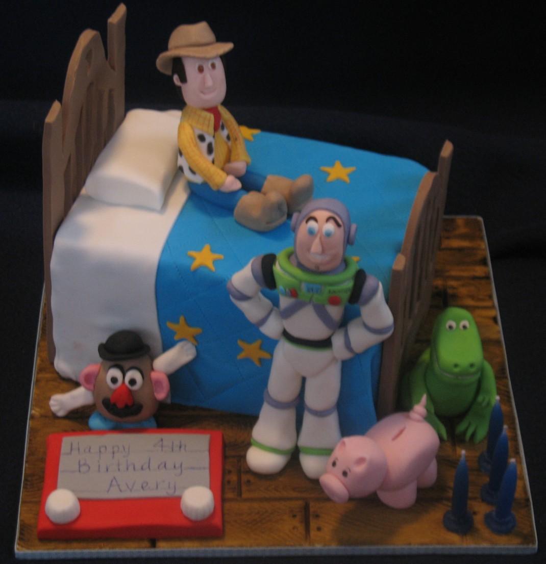 Toy Story Birthday Cake Cupcakes