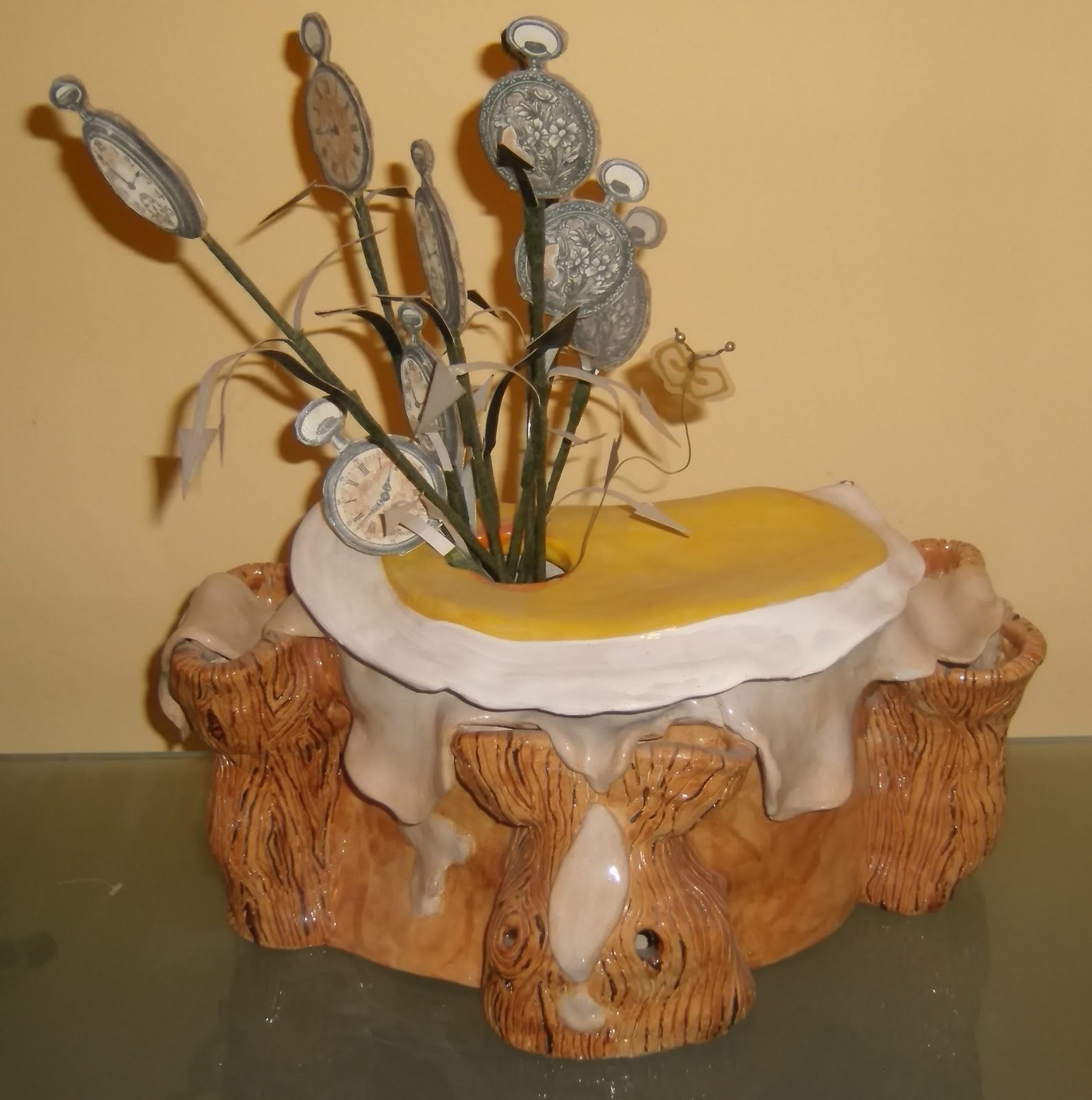 http://1.bp.blogspot.com/_Erz7lITT_F0/TUr8RwURcSI/AAAAAAAAADU/5Qd2RoY43_E/s1600/Tracys+art+008.JPG