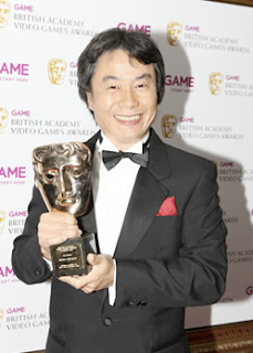 Miyamoto accepting his award