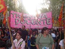 Tribuna Docente presente en la marcha del 24