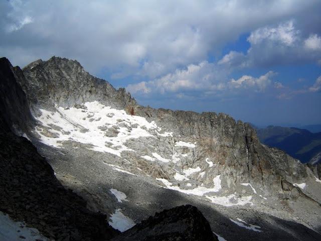 Cresta de Salenques desde el Russell E.