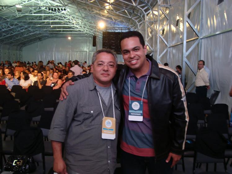 Eu e o Cantor Marco Aurélio