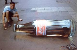 Julian Beever e sua arte 3D com giz