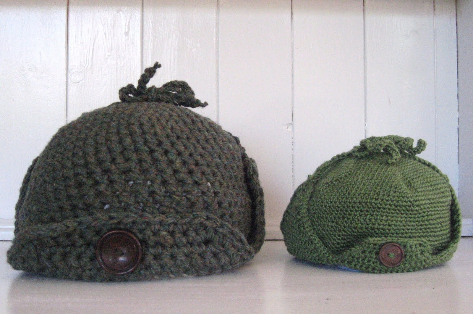 Crochet Deerstalker Hat Pattern : Northern Hi-lights: Hats, Hats and more Hats!