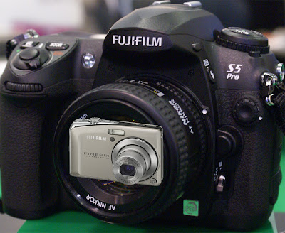 Fujifilm S5 IS vs. Finepix F50fd