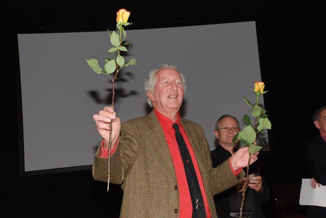Remise de DVD à la Médiathèque en présence de Monsieur Claude Roch