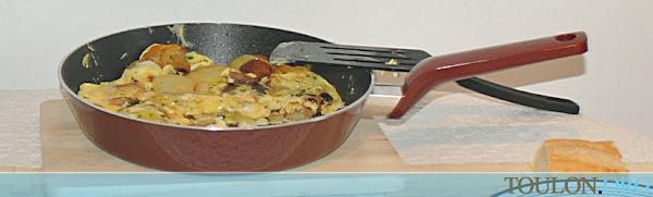 4. Omelette parmentier - OMËLETË ME PATATE