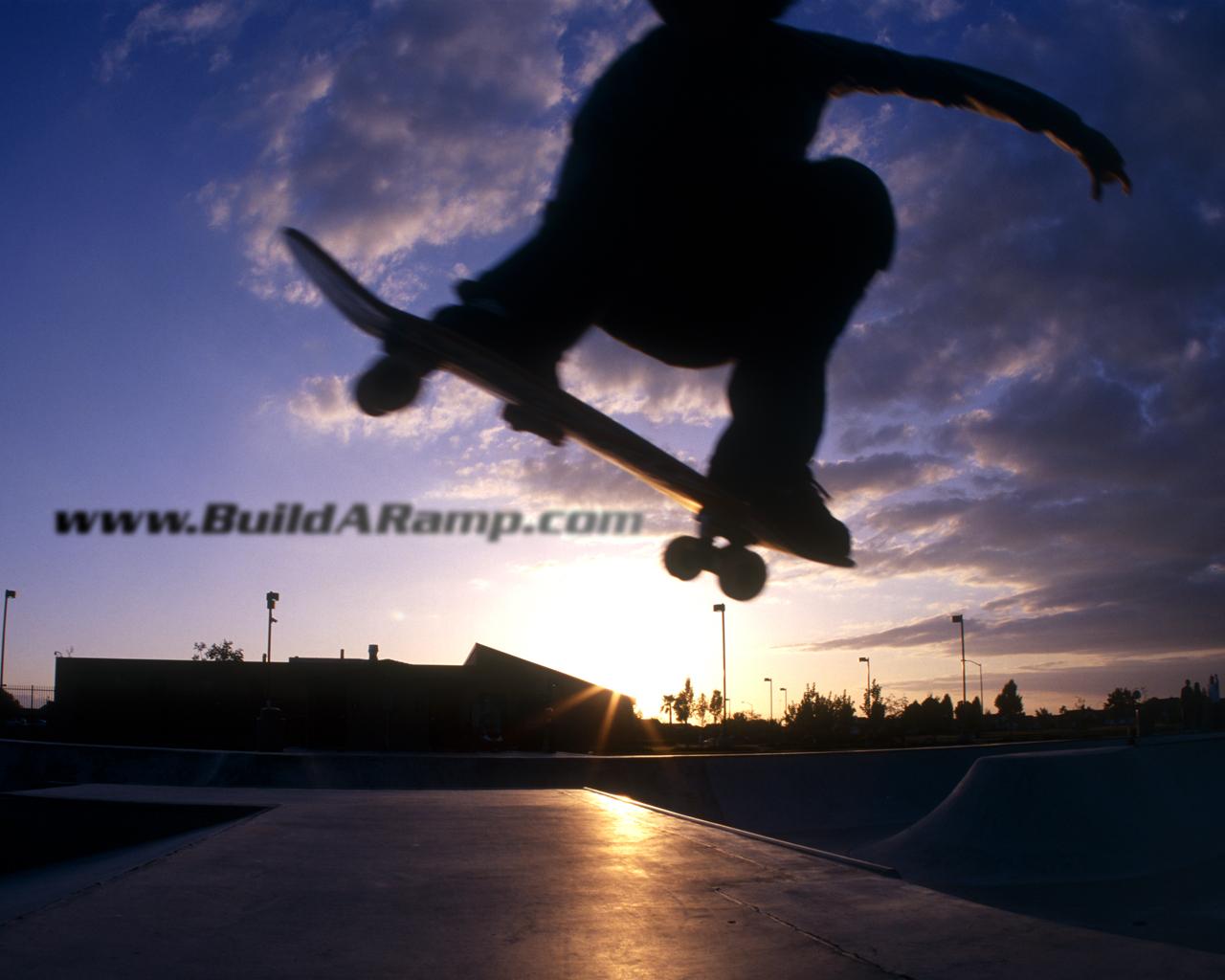 http://1.bp.blogspot.com/_EzMFAVTHXg8/TSk8KixkFzI/AAAAAAAAAEI/6XnhM8lfjhQ/s1600/skateboard.jpg