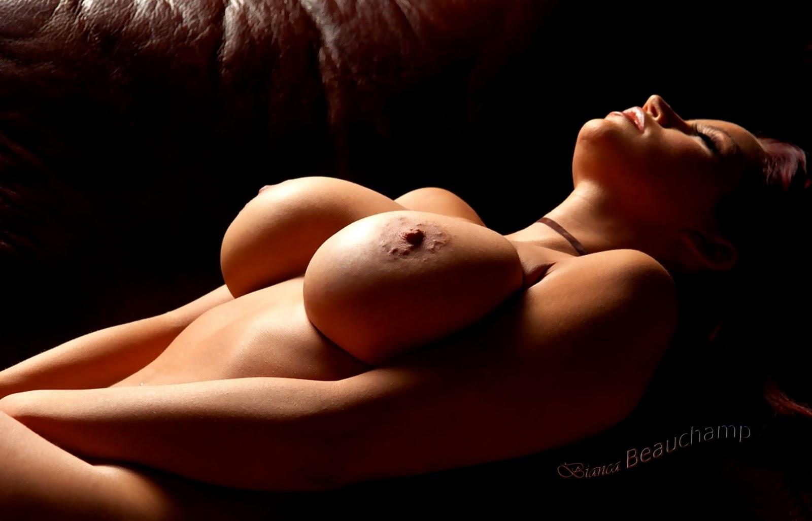 Beautiful Women Playboy Playmates Rainpow