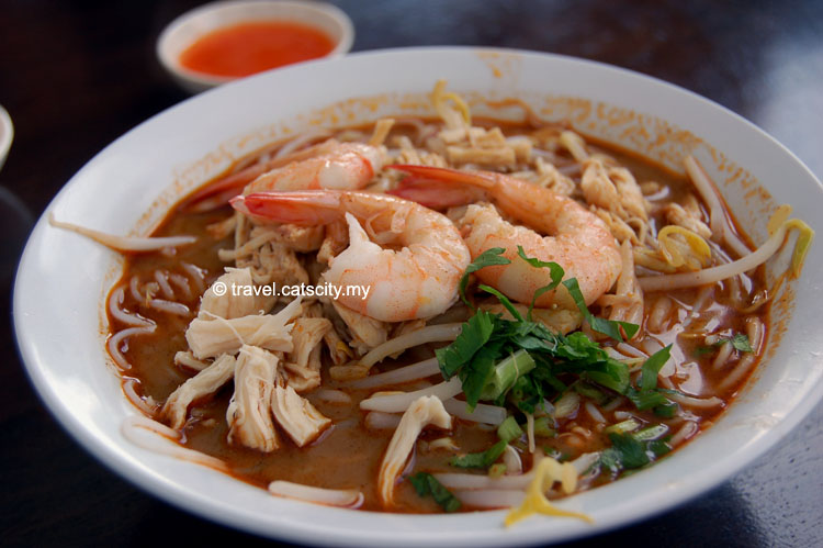 laksa sarawak Laksa is a malaysian soup made from laksa flavour spicy curry, coconut cream, noodles, prawns/shrimp, chicken and lots of fresh toppings this recipe is considered to.