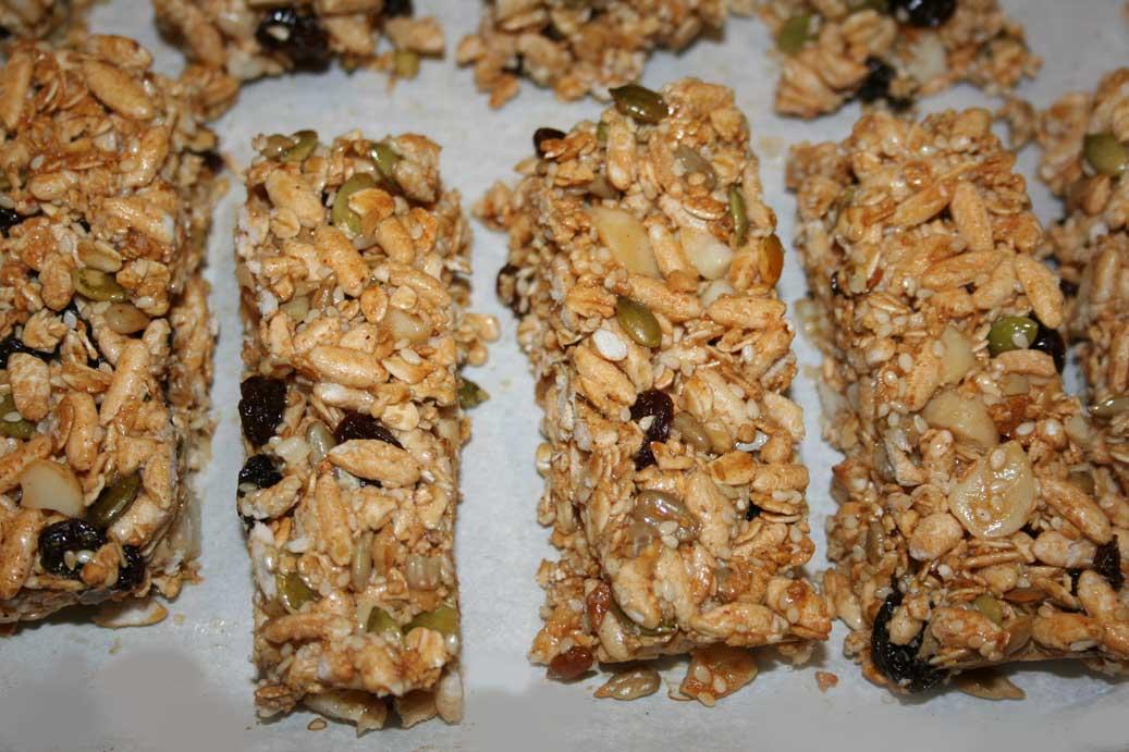 Everyday Finesse: Homemade granola bars
