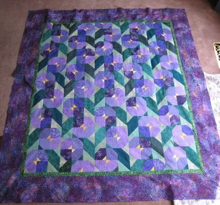 Easy Quilt Patterns For Graduation : Snapper Knits (& quilts & beads & ...): Graduation Quilts