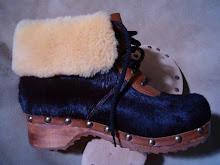 Clogs made in italy,zoccoli in legno uomo donna, pelletteria calzature, scarpe in legno, invernali