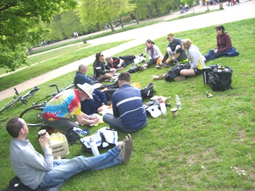 Picnic in Hyde Park on lambethcyclists.org.uk