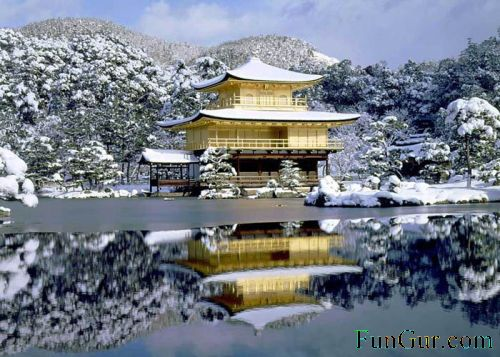 [golden_pavilion_04.jpg]