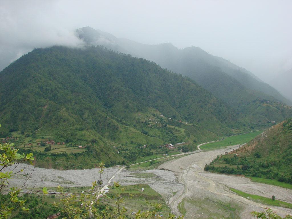 [Nepalthok+to+Dumjha+to+Nepalthok,+Sunday,+Aug+12,+2007+154.jpg]