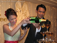 Wedding singer - Champagne pouring ceremony