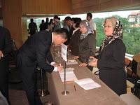 Registration counter