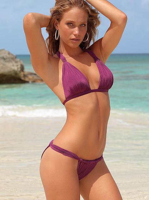 Hannah Davis Nude Naked