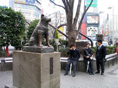 Hachiko Dog Statue