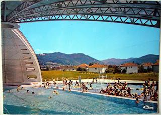 Architectures de cartes postales 1 le tournesol de for Piscine amberieu
