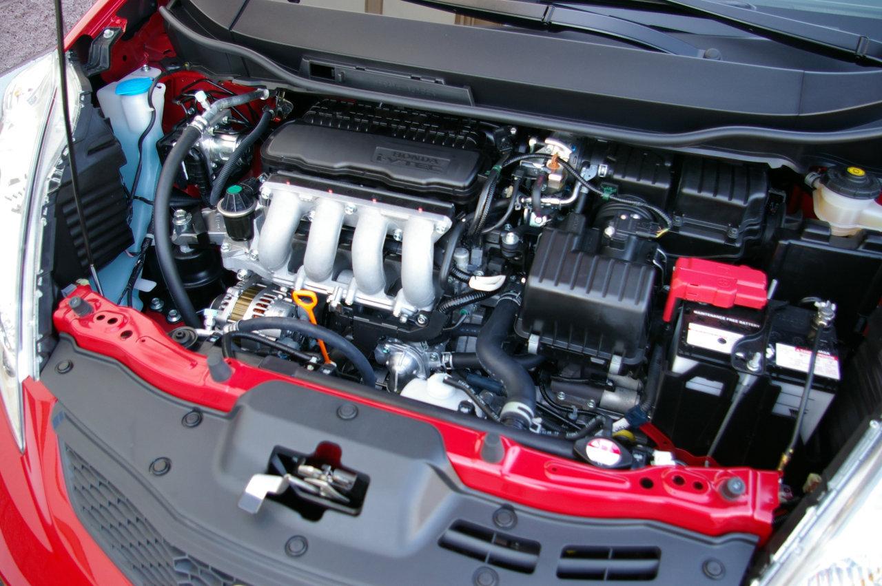 Двигатель в масле хонда