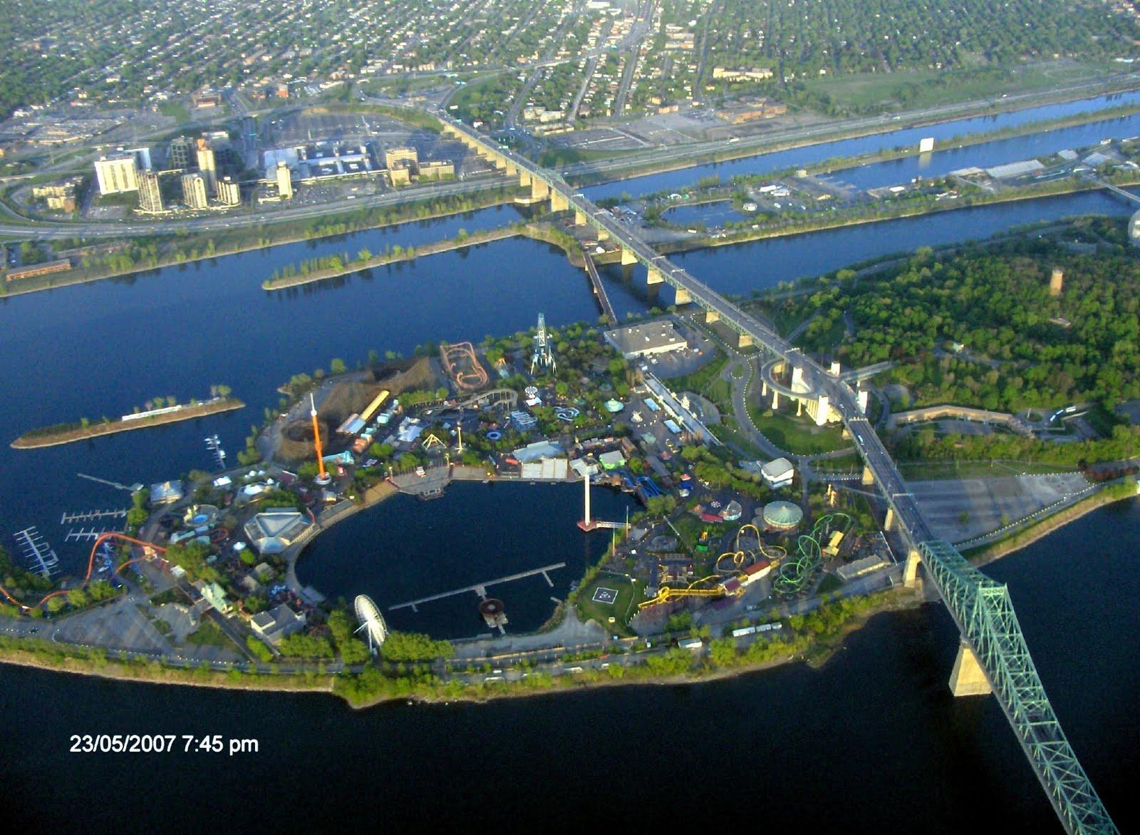 Six Flags Parks 027+La+Ronde+Montreal