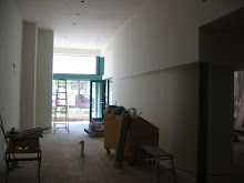 Entrance & Bar Area