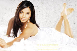 Neetu Chandra Bollywood Actress and Model Photo