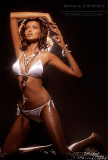 Hot Dusky Indian fashion and ramp model Garima barefoot
