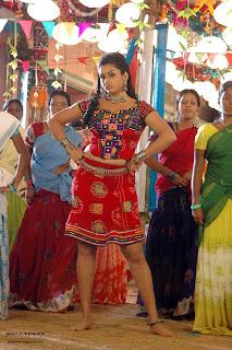 Tamil Actress Namitha Hot photo