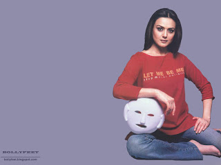 Preity Zinta Cute Wallpapers