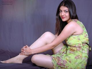 Feet hot Kajal agarwal