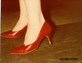 Niagaras Red Pumps