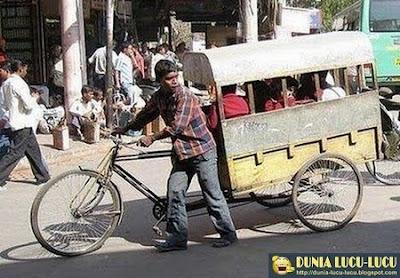 Gambar Lucu Kendaraan Antar Jemput Di India