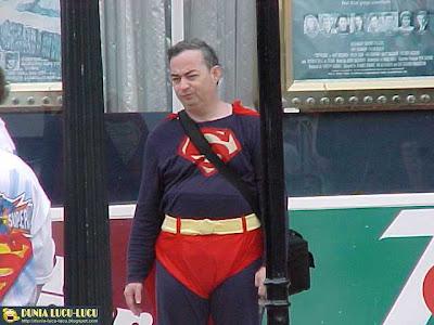 Gambar Lucu Superman