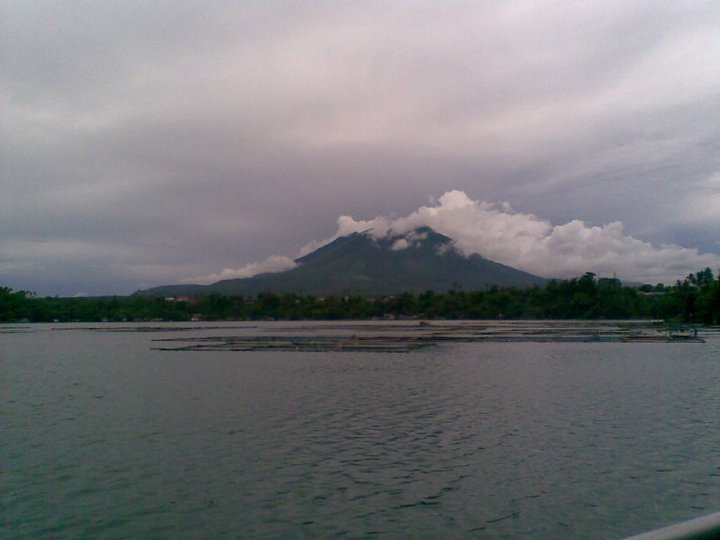 the legend of sampaloc lake Top tourist destinations in rizal province 2017 rizal province, one of the philippines first  the legend of sampaloc lake in san pablo city.