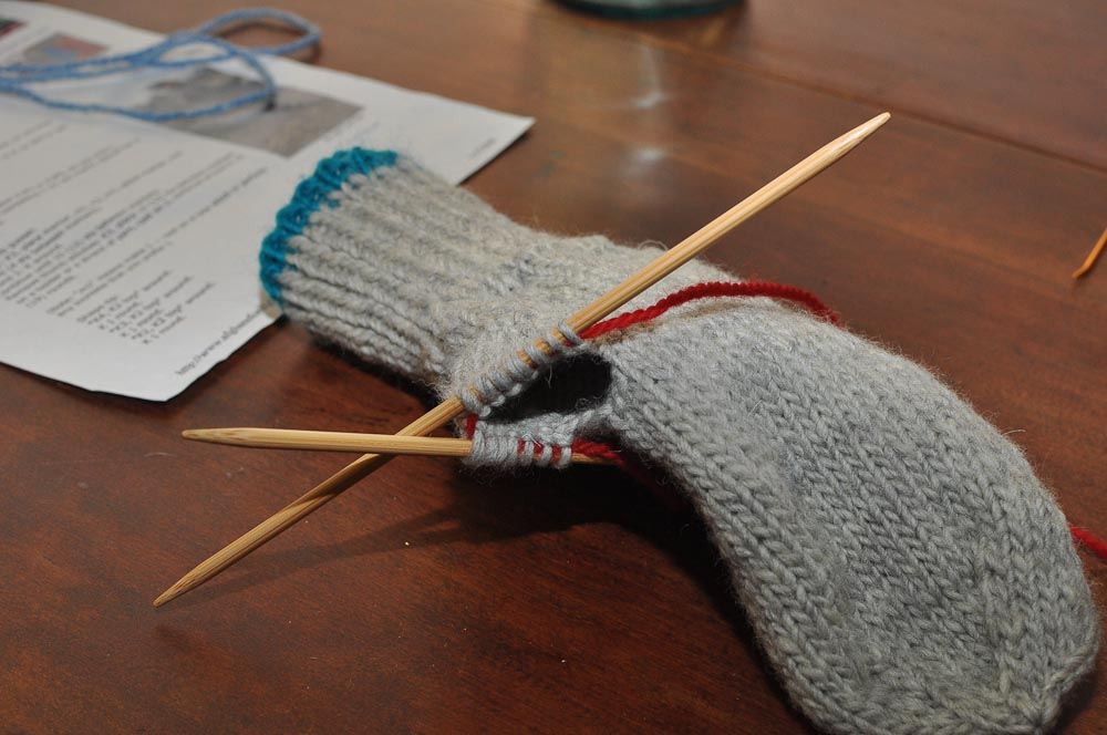 Picking Up Stitches In Knitting Mitten Thumb : Two Left Feet: how to knit a mitten, part 4: the thumb