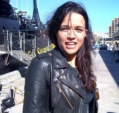 Avatar Pilot Turns Sights In Whalers Hollywood Actor Michelle Rodriguez