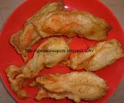 Ingredienti per 24 fiori di zucca fritti (12 ripieni e 12 no) (chebuonsapore fiori zucca fritti)