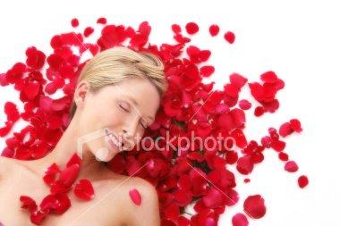 [ist2_5065671_petal_pretty.jpg]