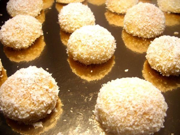 حلوة بسيطة و عادية لكنها رائعة في المداق و أغلبية المغاربة يعرفونها Jpg