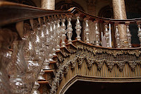 The famous Crystal Staircase has the shape of a double horseshoe